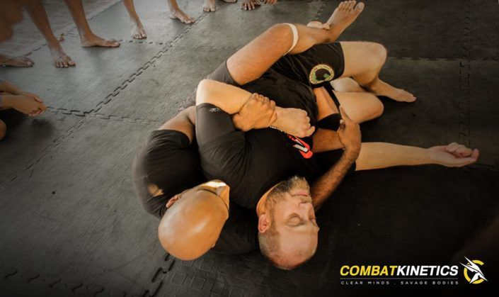 submission-wrestling-back-control_mixed-martial-arts-classes_chennai-mma